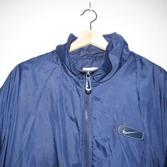 89e7ea2511 Vintage Nike Windbreaker Mens Size XL. M 5afa219131a3769600e5a294